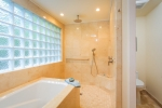 tropical-luxury-bath